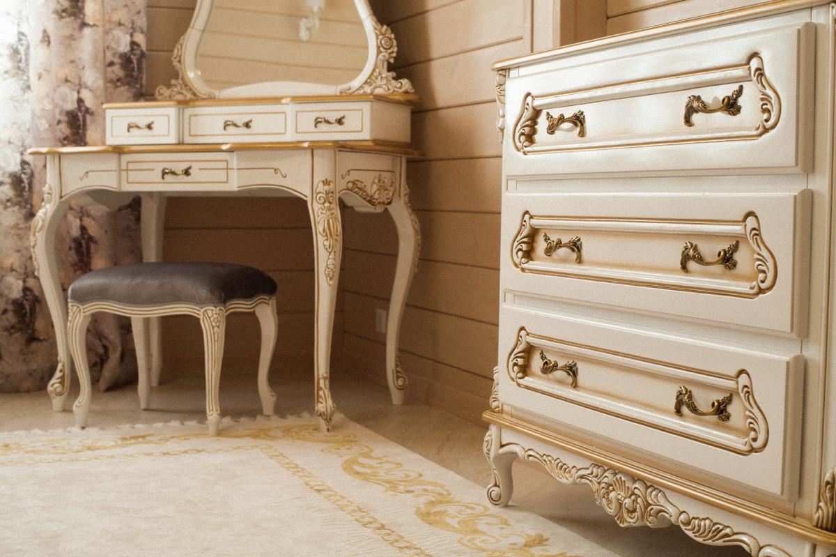 Сочетание мебели в классическом стиле и стиле Барокко