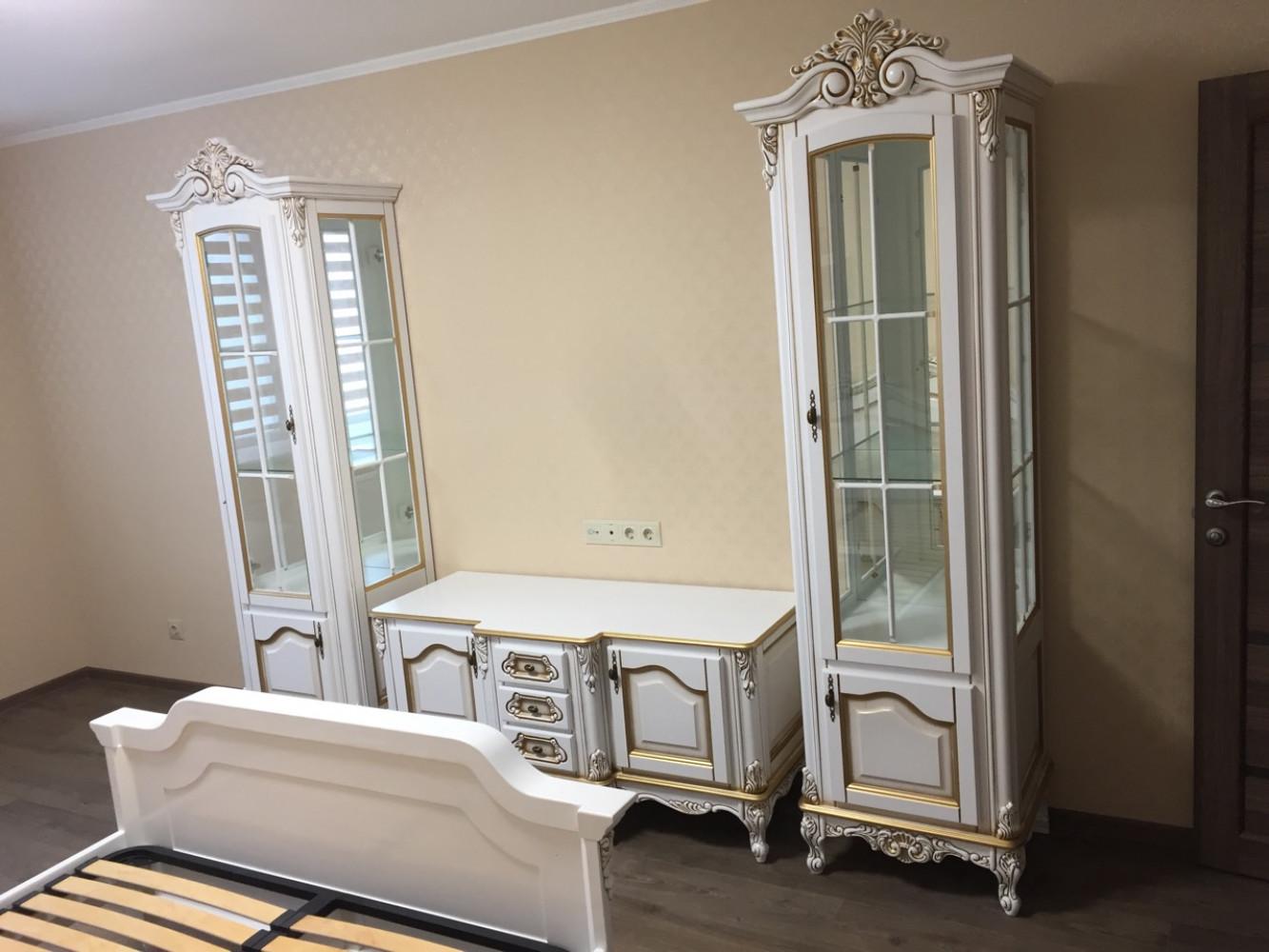 """Комплект класичних меблів в вітальню """"Регіна"""", на замовлення"""