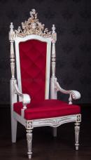 Мягкое кресло трон