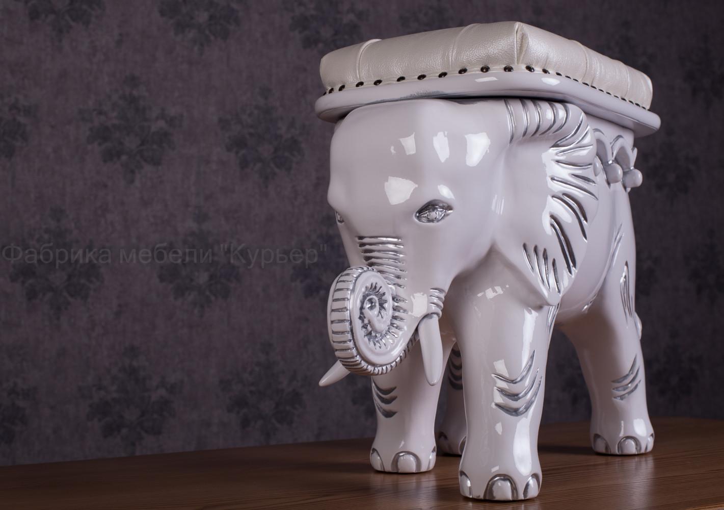 """Білий пуф """"Слон"""" білого кольору"""