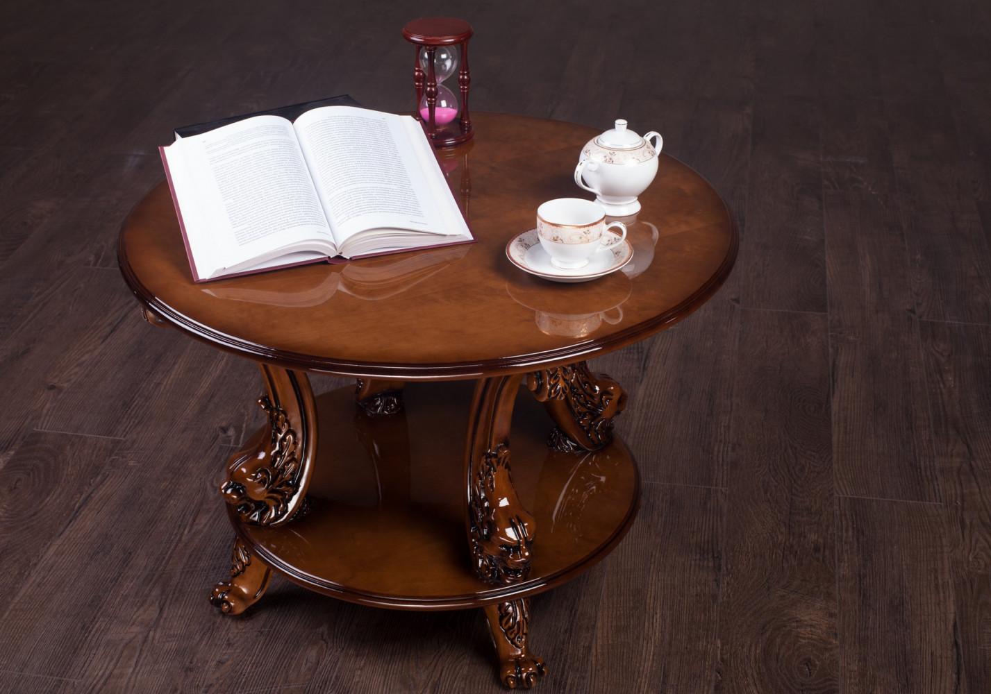 Різьблений круглий журнальний столик №11 на замовлення