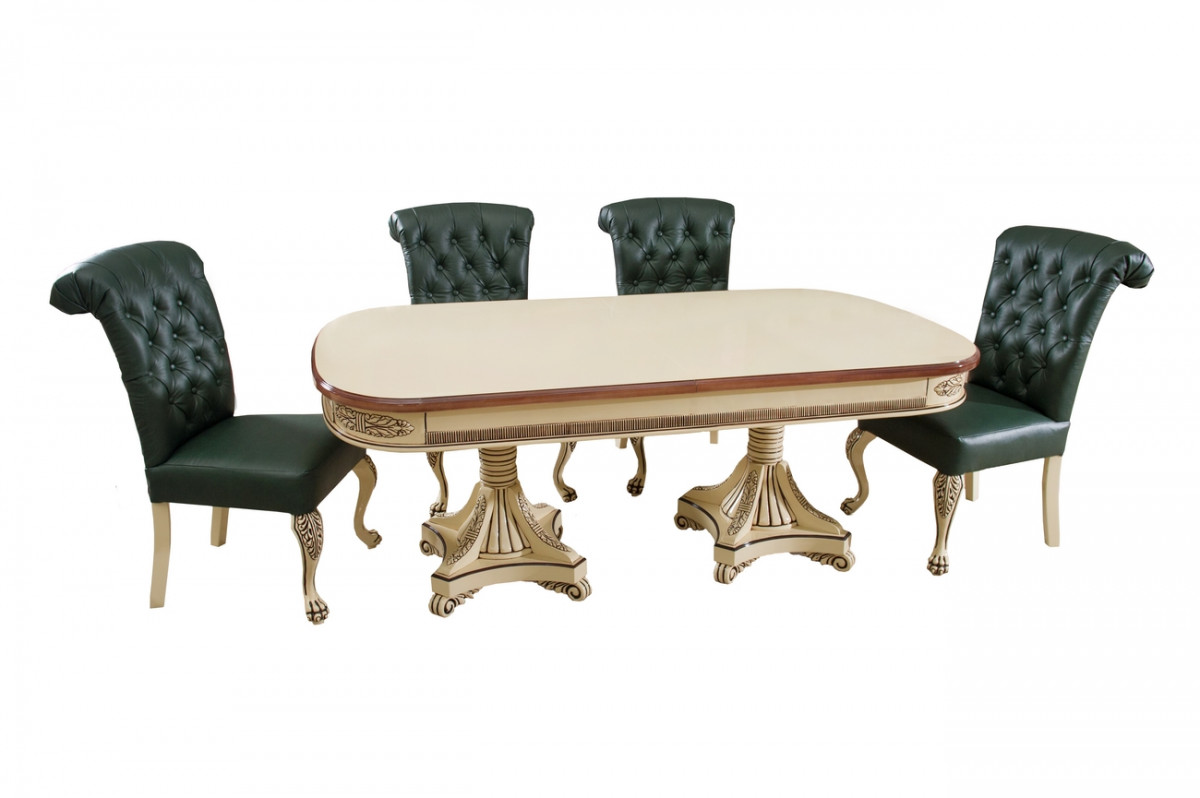 Обідній стіл і стільці